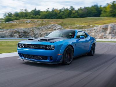 2019-Dodge-Challenger-Hellcat-Redeye-front-three-quarter_400_thb